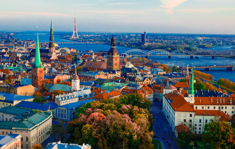 Европа? Нет, Россия. Все больше литовцев хотят жить в РФ